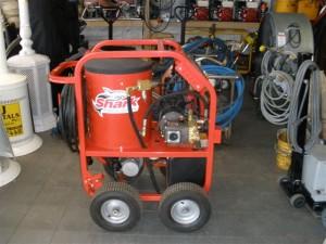 contractors equipment, hot water pressure washer